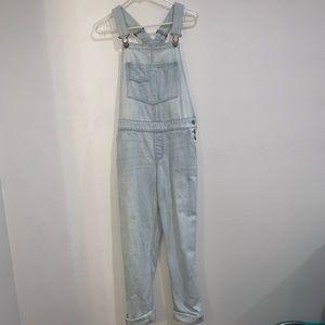 Overalls (pants)